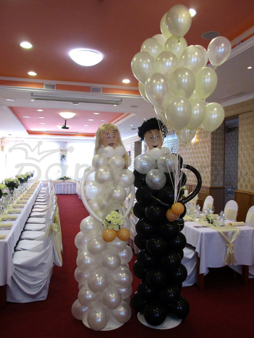 Balónové dekorácie pre veselý život mladomanželov!