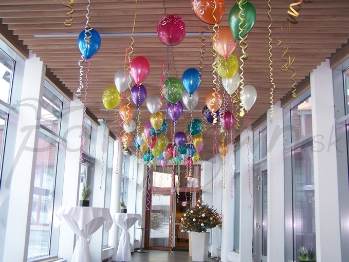Vyfarbite priestor balónmi!