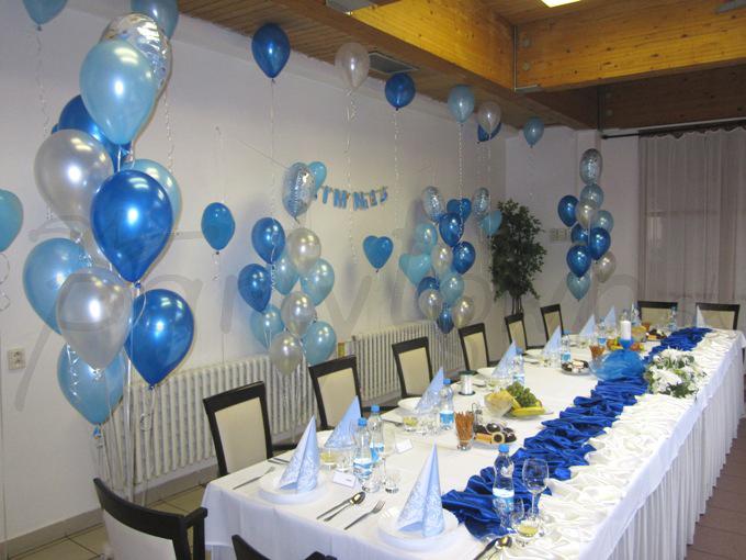 Oslava chlapčeka v modrom