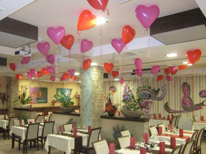 Srdcové balóny pre deň milých srdcových záležitostí